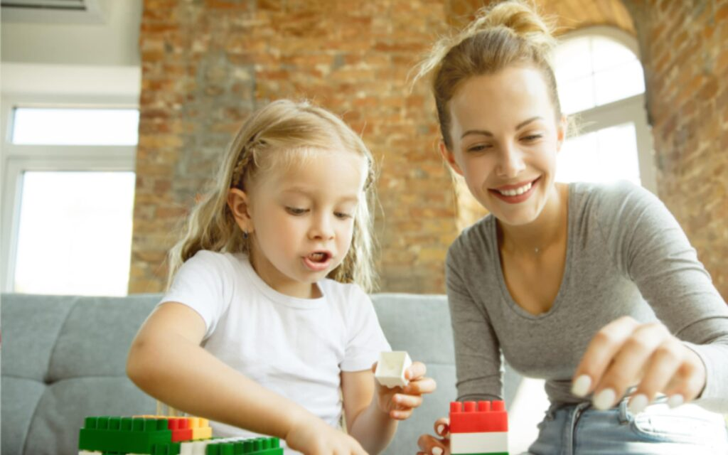 Wspólna zabawa matki oraz córki